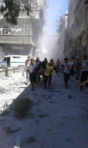 غارات على مستشفى في حلب تقتل أطفالا وأطباء