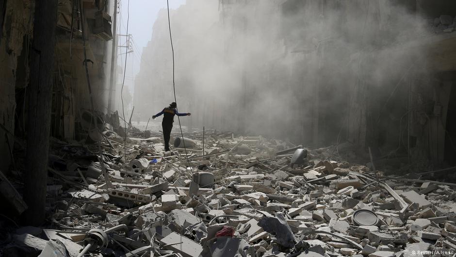 """برلين تندد بـ """"التصرف الهمجي"""" للنظام السوري في حلب"""