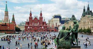 الروس يعيشون أجواء حرب يقرع طبولها الإعلام