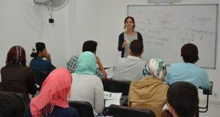 السوريون واللغة التركية.. معوقات التعلّم وخسائر الجهل بها