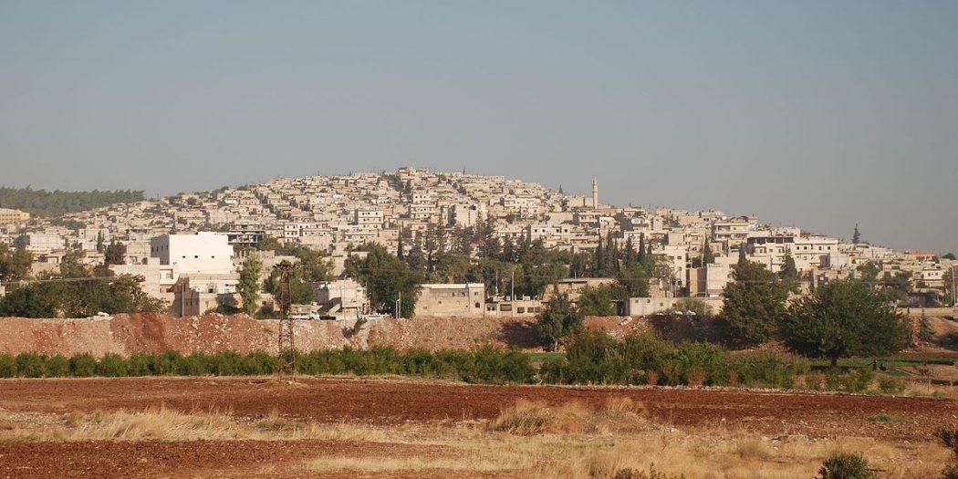 القوات التركية تشارف على دخول مدينة عفرين